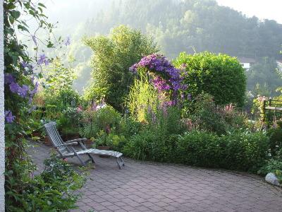 ein garten im sauerland, Garten und Bauen